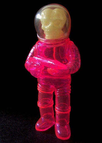 #024 Space Troopers VX - Clear Pink Unpainted / GID head by Toygraph