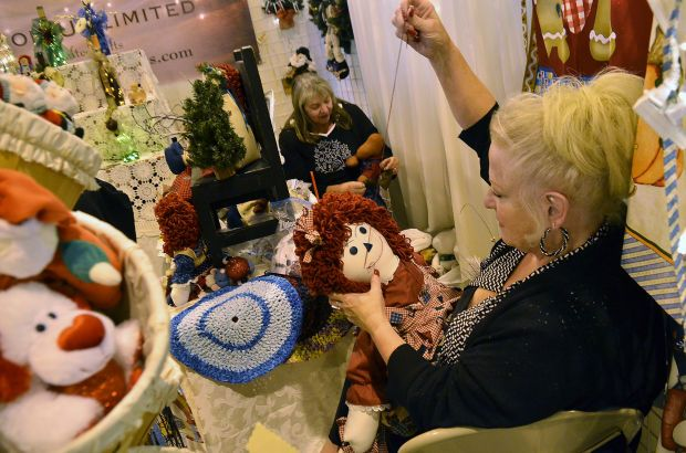17 best images about booth displays on pinterest crafts for Holiday craft fair napa ca