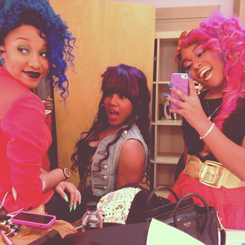 23 best ah look at us images on pinterest omg girlz