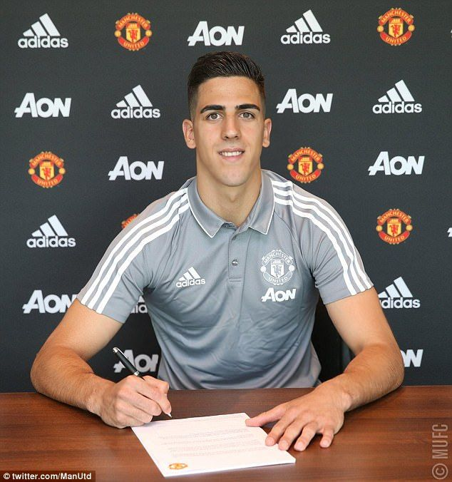 Joel Pereira has signed a new deal to keep him at Manchester United until the summer of 20...