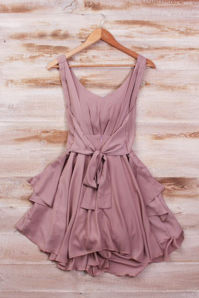 sirenlondon — Smart Mauve Dress- I personally don't think I could pull this off but I really like it.