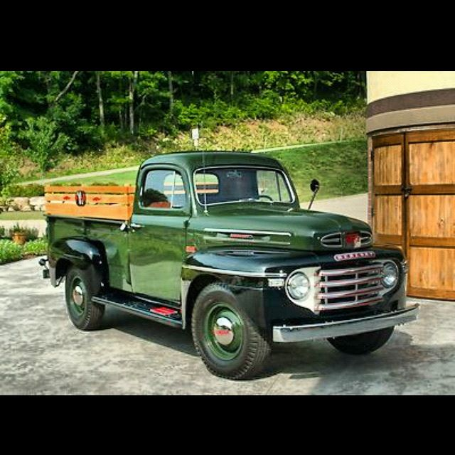 1949 Mercury 1 ton truck with extras..beautiful green color....