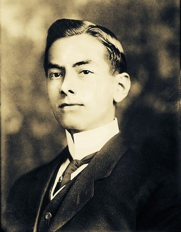 #Philippine_History  ___  Manuel Luis Quezon, a graduate of Colegio de San Juan de Letran, served as president of the Commonwealth of the Philippines from 1935 to 1944.  He was the first Filipino to head a government of the Philippines. Quezón is considered by most Filipinos to have been the second president of the Philippines, after Emilio Aguinaldo (1897–1901).