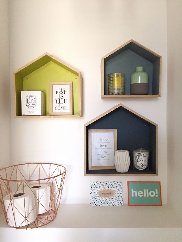 best 25 toilet room decor ideas on pinterest half bath decor toilet room and half bathroom decor. Black Bedroom Furniture Sets. Home Design Ideas