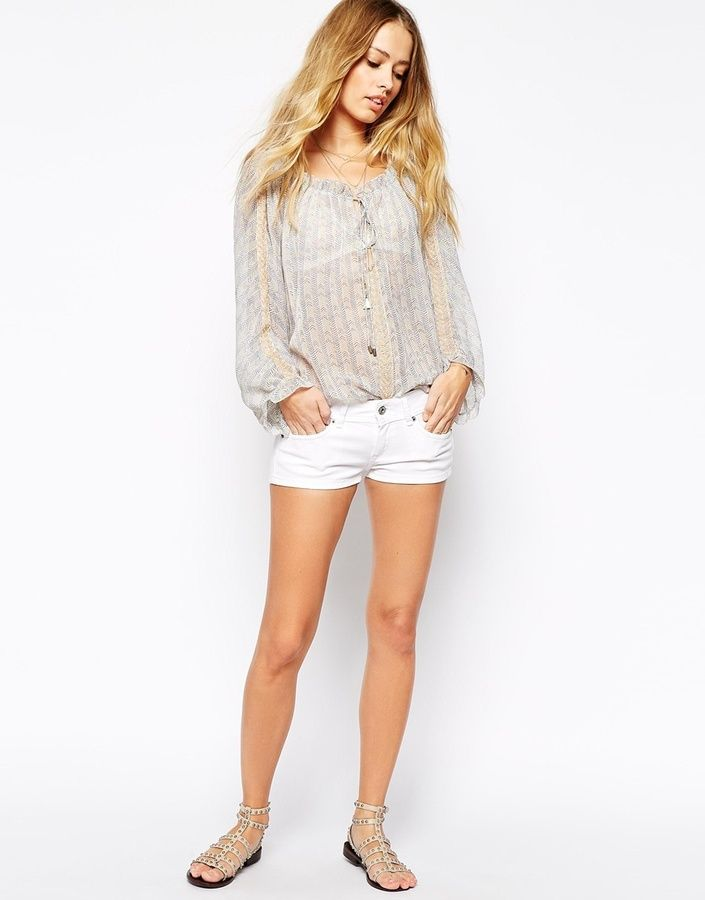 $49, White Denim Shorts: Pepe Jeans Short Denim Shorts. Sold by Asos. Click for more info: https://lookastic.com/women/shop_items/233320/redirect