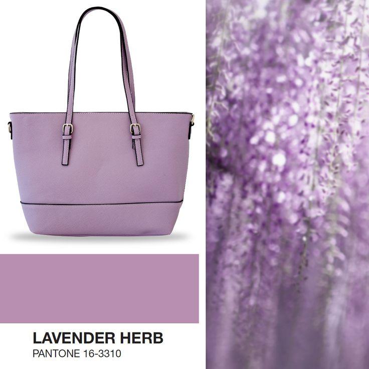 Shopping bag in una delicata sfumatura color #lavanda 💜 ideale per dare un tocco in più al tuo #mood . Disponibile anche nei colori rosa quarzo, bianco, argento ed oro A solo € 22.90