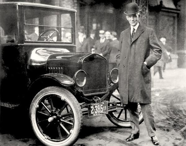 @oldpicsarchive: Henry Ford with 1921 Model T