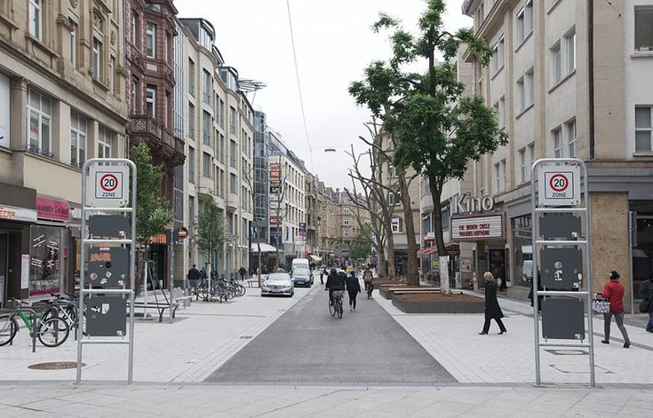 Tübinger Straße, Stuttgart, Germany (Shared Space)
