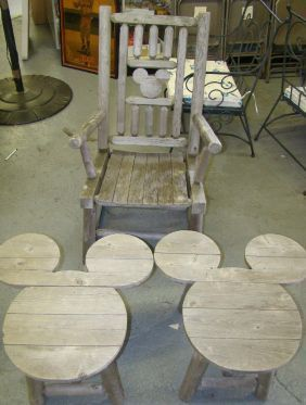 1710B: MICKEY MOUSE OUTDOOR FURNITURE on