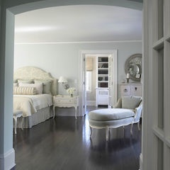 This interior design traditional bedroom and traditional homes