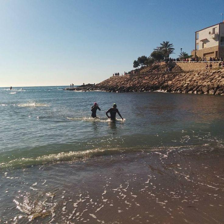 Primers en sortir de l'aigua del Triatló #HalfAmetlla #AmetlladeMar #terresdelebre @diversport @100x100Half 19  90  21 #triatlo #triatlon #triathlon #ebreactiu