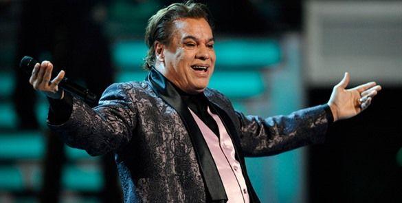 """Juan Gabriel """"borra"""" fecha de concierto en el Zócalo"""