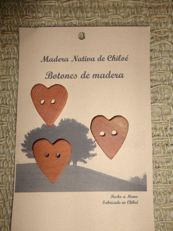 Botones en Forma de Corazon en Madera Nativa por ElEmporiodeSofia