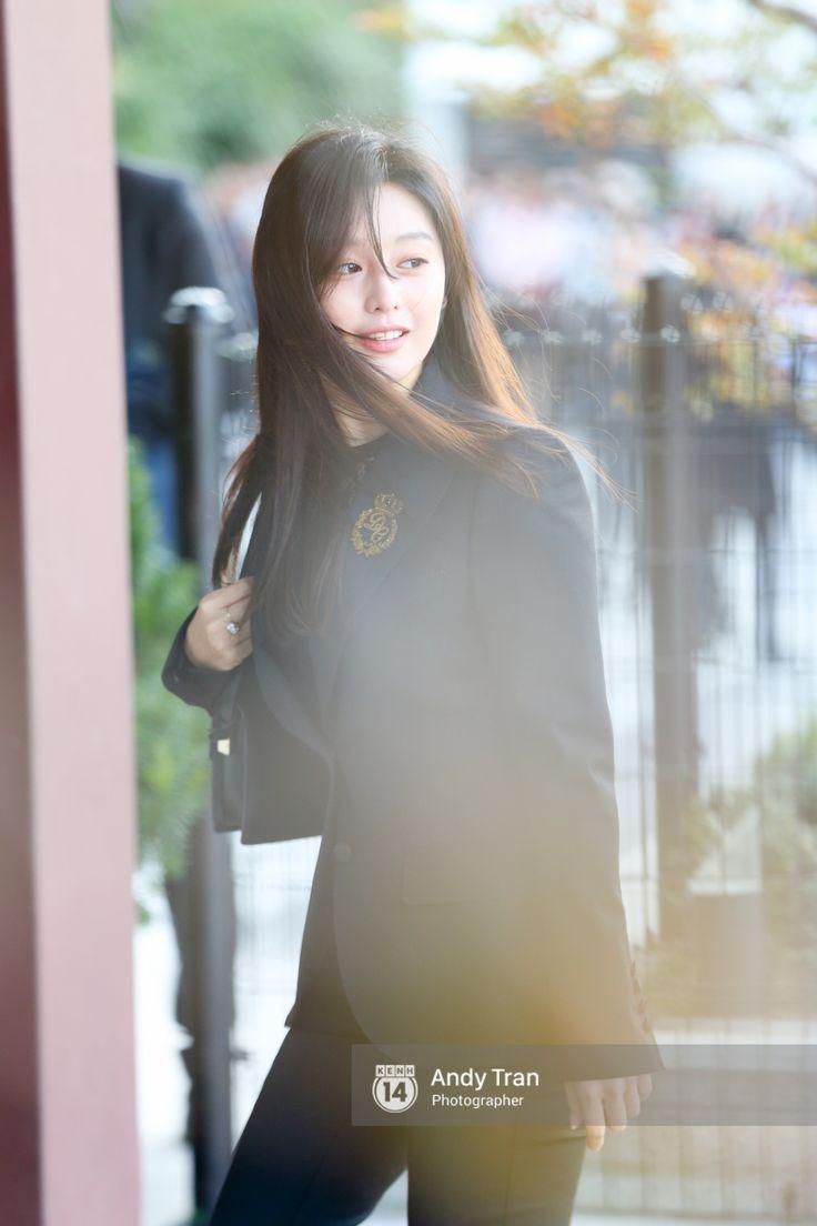 Sau cô dâu Song Hye Kyo, đây chính là mỹ nhân khiến fan đảo điên vì đẹp quá mức cho phép trong siêu đám cưới hôm qua - Ảnh 5.