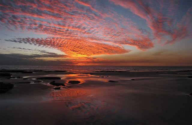 Broome is the place to get your pearls, but realistically visitors go to Broome to relax.