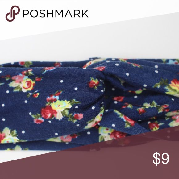 🌳navy blue floral print twist front headband🌳 Blue floral pattern yoga twisted headband. Stretch cotton material is soft and comfortable!  Bundl...