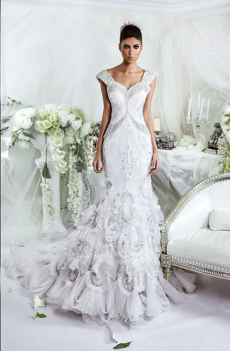 Stunning Designing since Dar Sara knows exactly what it takes to create a glamorous timeless and romantic wedding dress worthy of the white aisle