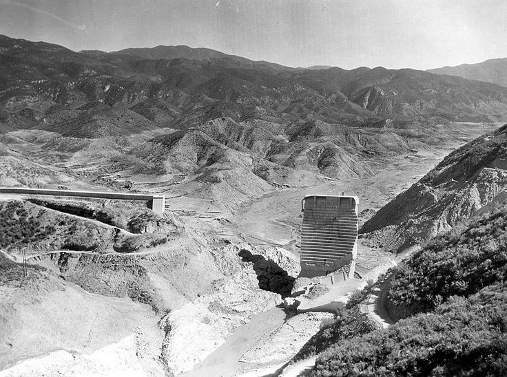 File:St. Francis Dam after the 1928 failure.jpg