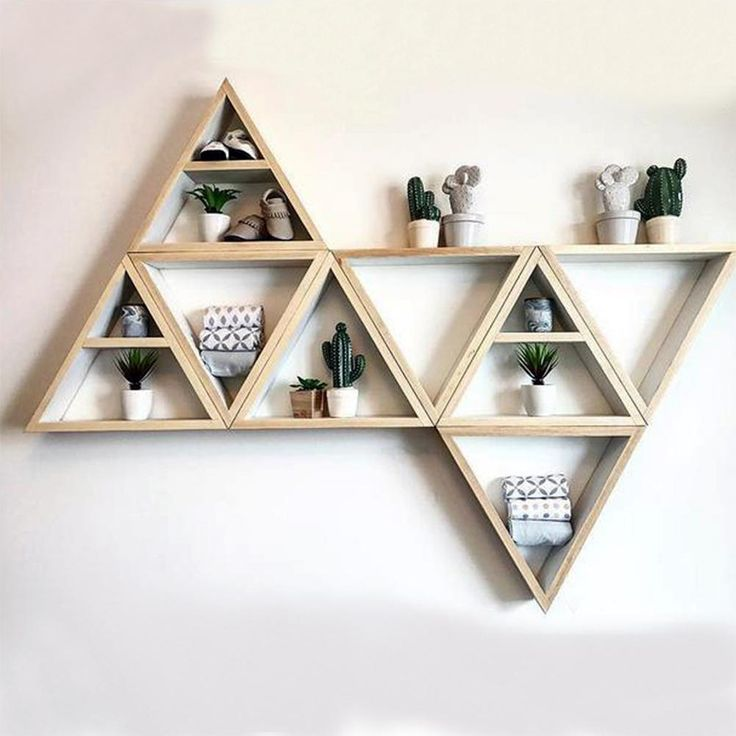 Triangle Natural Wooden Decorative Shelves Commodity Shelf