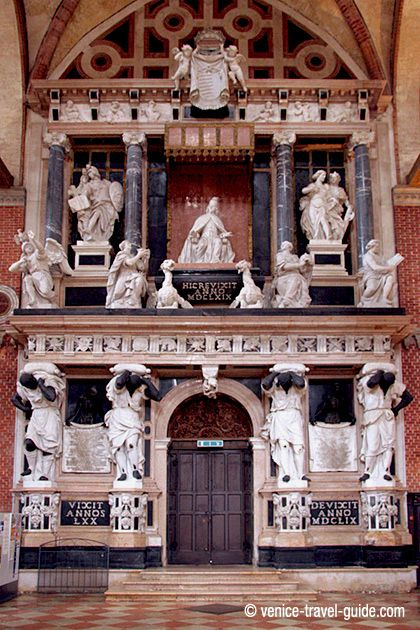 Tomb to Doge Giovanni Pesaro, Basilica dei Frari, Venice