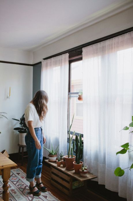 John & Jen Vitale: Home Outfits, Portland Pads, Plants Stands, White Curtains, Cactus Decor, Houses Plants, Boyfriends Jeans, Mom Jeans, Jeans Looks