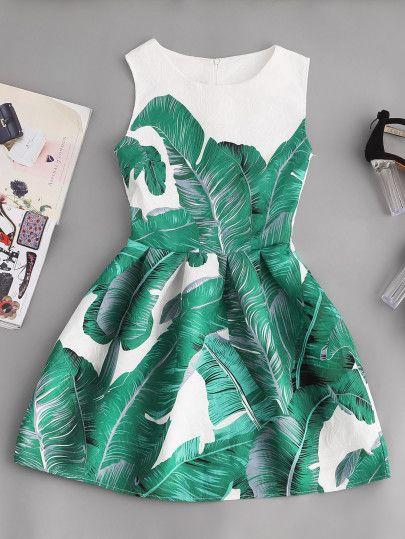 Vestido con estampado de hoja de palma con vuelo