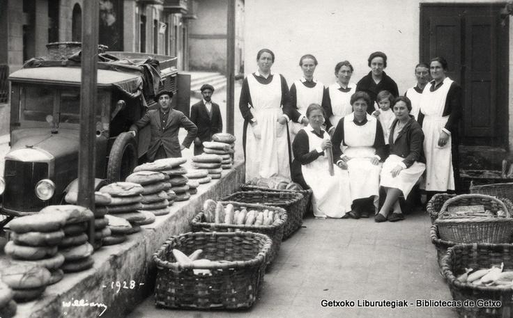 Empleadas de Harino Panadera, 1928 (ref. 05200)