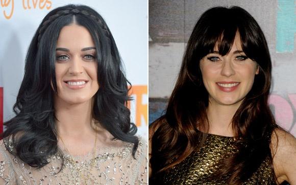 Katy Perry e Zoey Deschanel Uma é cantora e a outra é atriz. Mesmo assim, Katy e Zoey são muito parecidas. As duas têm o cabelo escuro, os olhos bem claros e um sorriso aberto e bonito. Dá para se confundir!