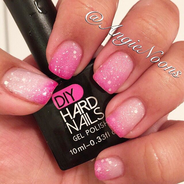 """Ombre gel nails """"Pink Frost"""" Color Changing Gel polish. @angienoons #DIYHardNails #nails #shellac"""