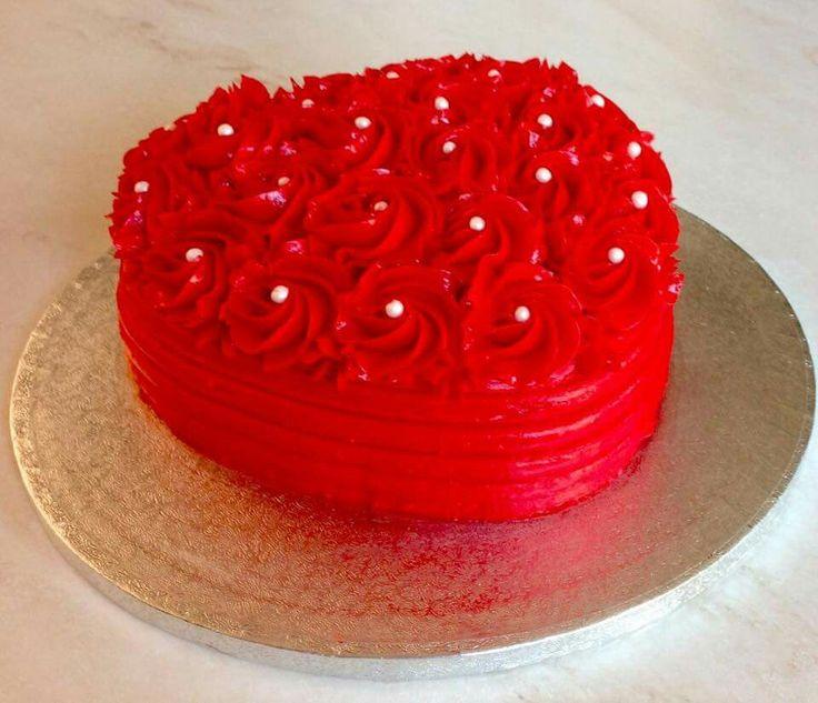 Love rosette heart shaped cake
