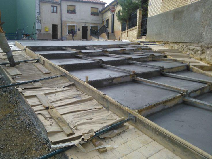 Escaleras y viales : proyecto, contrata y ejecución