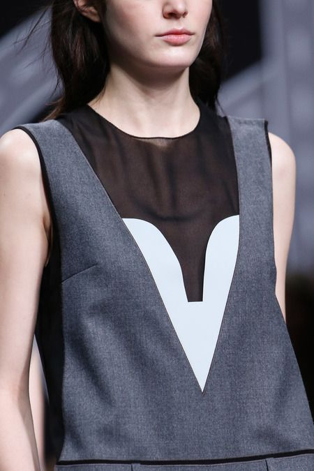 Modern tailored fashion details with bold shapes & fabric contrasts // Viktor & Rolf