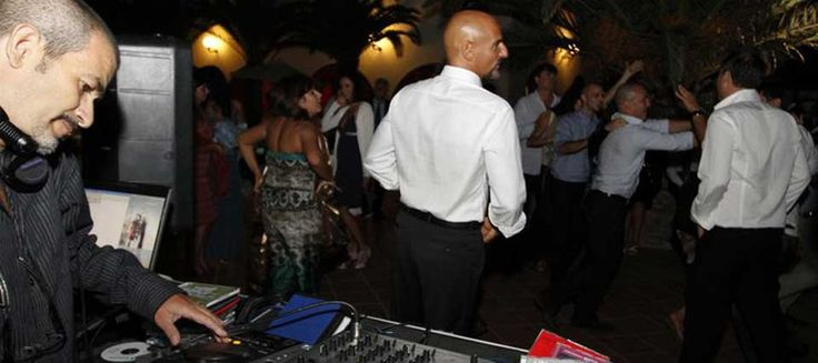 #Djwedding #Italy, #music for #entertainment and #dance with Romadjpianobar
