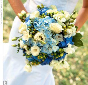 Beautiful blue bouquet. #flowers #wedding