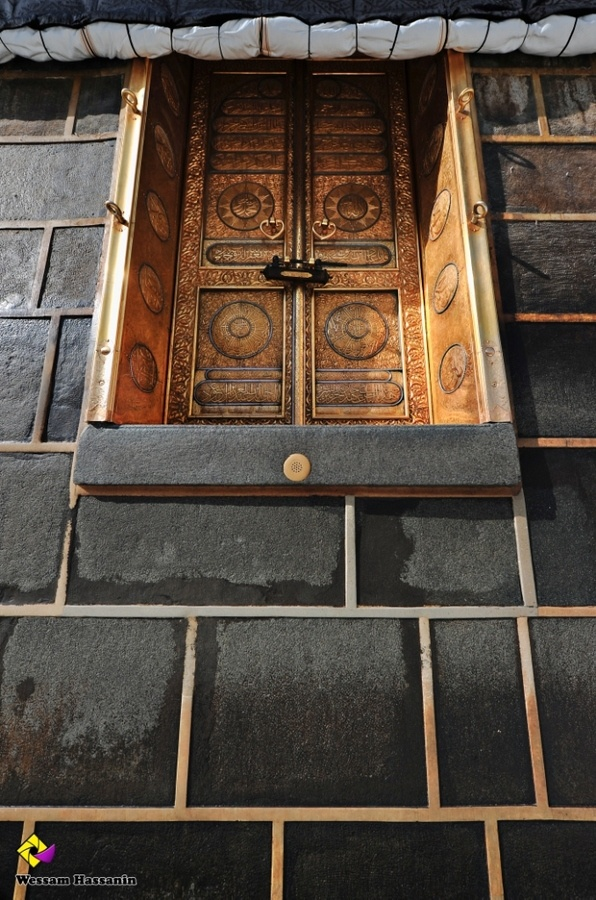 Door of the Kaaba. #Makkah, Saudi Arabia