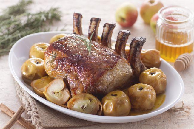 Carrè di maiale glassato con mele