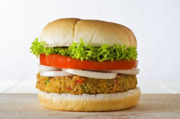 Nemme og lækre opskrifter på Vegetar burger. Se vores store udvalg af lækre opskrifter på bla. pastaretter, pizza og andre favoritter.