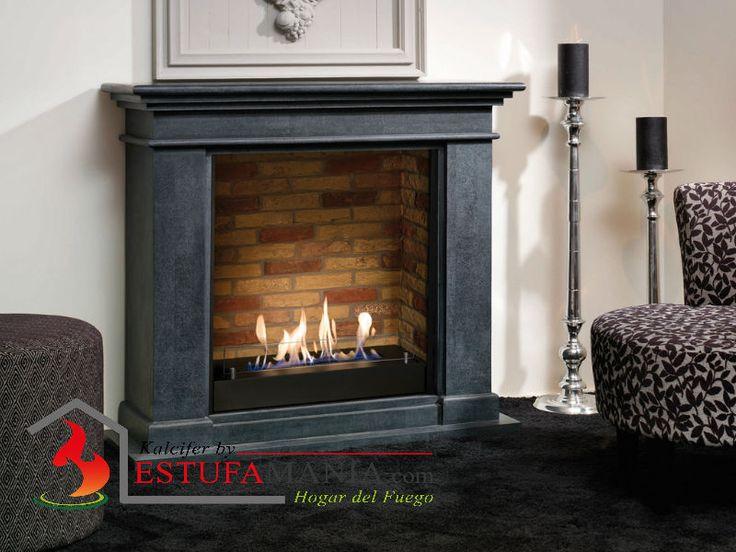 Chimenea Clásica de Suelo con quemador de Bioetanol de la Marca Ruby Fires, modelo Kos, interior en imitación ladrillo y exterior en MDF lacado color negro