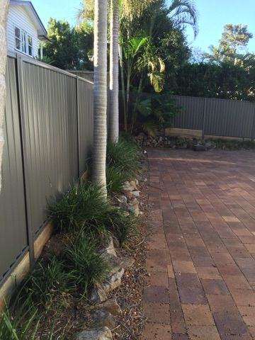 NORTHBOND STEEL PRIVACY FENCING