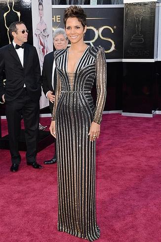 Халли Берри. Versace