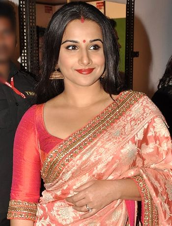 I missed Vidya Balan in Dedh Ishqiya, says Arshad Warsi! - http://www.bolegaindia.com/gossips/I_missed_Vidya_Balan_in_Dedh_Ishqiya_says_Arshad_Warsi-gid-37198-gc-6.html