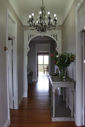 Entrance wall colour