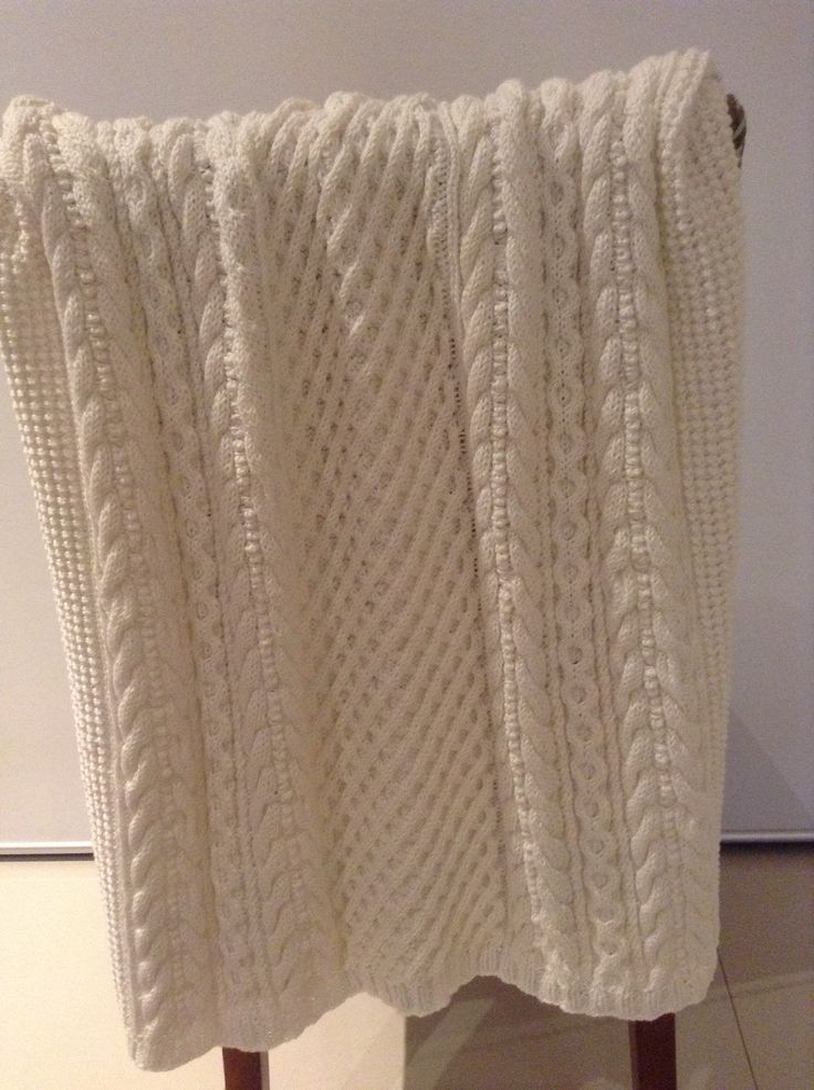 Patons Knitting Patterns Baby Blankets : Baby Cabled Blanket. Pattern from Patons Natural Baby, knitted in Patons Cott...