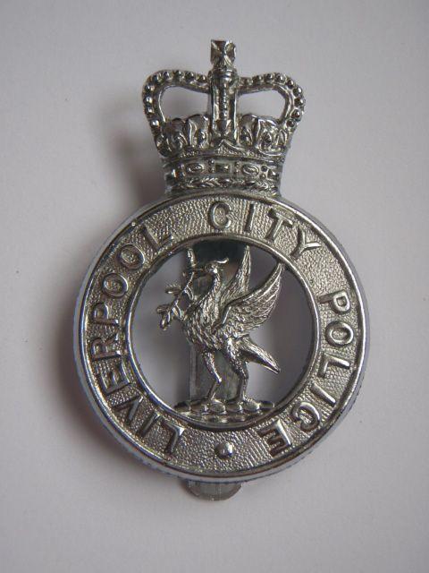 Liverpool City Police Cap Badge - Queen's Crown