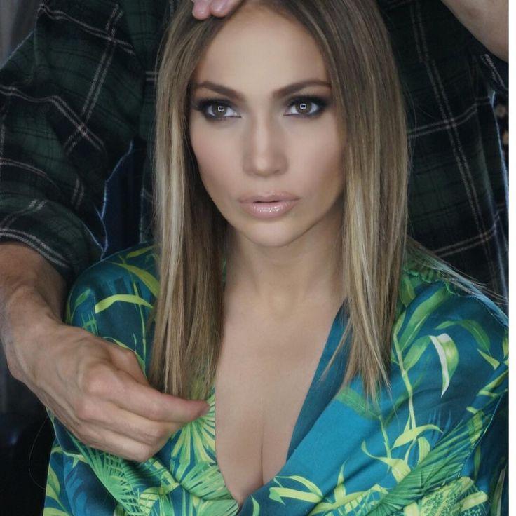 Celebrity Hair Changes: Melissa McCarthy, Jennifer Lopez Get Blonder, Shoulder Length Cuts For Spring