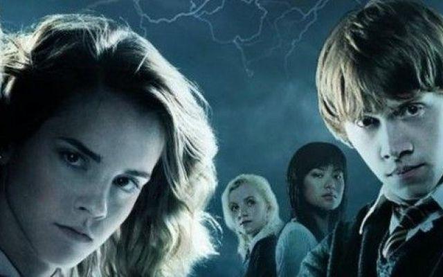 Harry Potter sta tornando con nuovi film Harry Potter sta tornando. Dopo sette libri, tutti i film prodotti e l'enorme successo che il piccolo mago ha ottenuto, sono in programma nuovi film che sapranno sicuramente entusiasmare tutto il pub #harrypotter #nuovifilmharrypotter