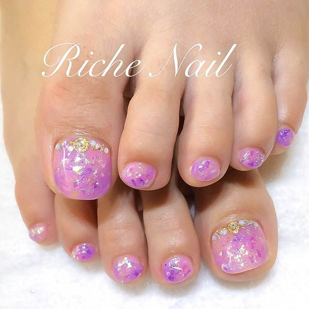 Glitter Nail Ideas For Summer: 31 Adorable Toe Nail Designs For This Summer