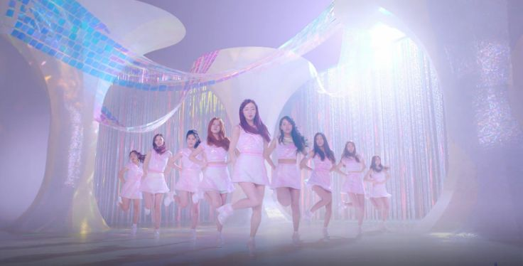 Jellyfish Entertainment unveils Gugudan's MV of 'Wonderland'   Koogle TV