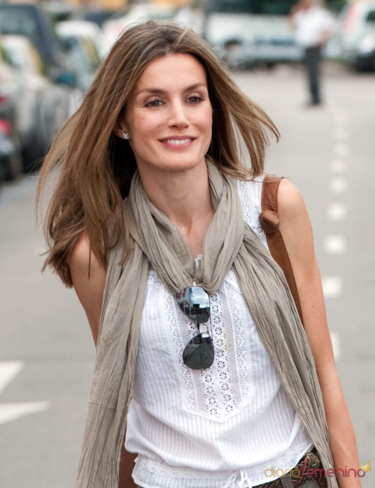 Princess Letizia of Spain. Relaxed gauzy scarf, white blouse, aviators.