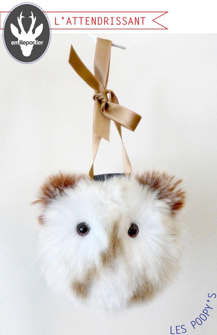 Poopy's l'Attendrissant - Sculpture sur fausse fourrure - Accessoire mode - Déco - Bien être : Accessoires de maison par emilie-portier
